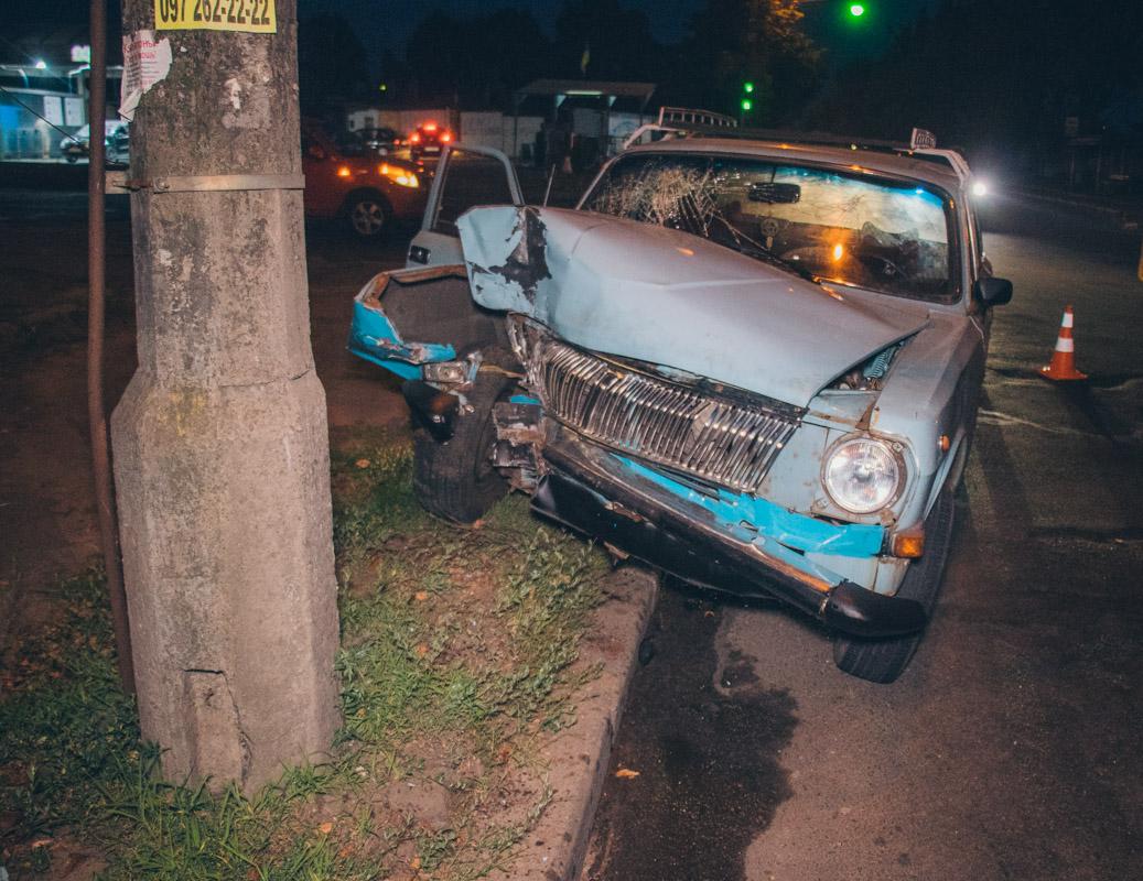 Автомобиль двигался по Туполева в сторону улицы Стеценко