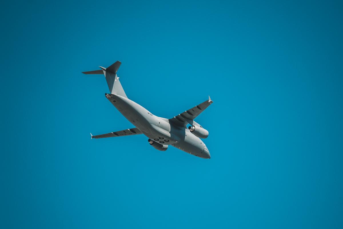А вот и новенький Ан-178