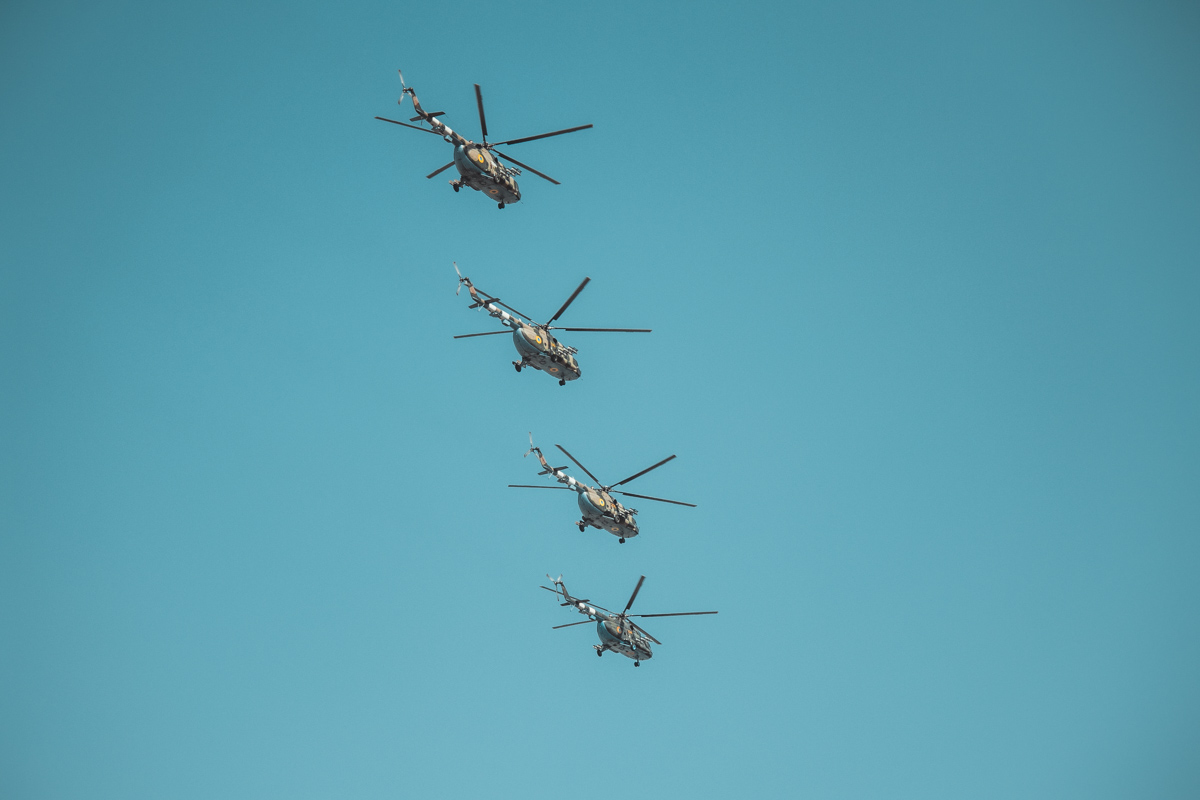 Красавцы-вертолеты в небе над Киевом
