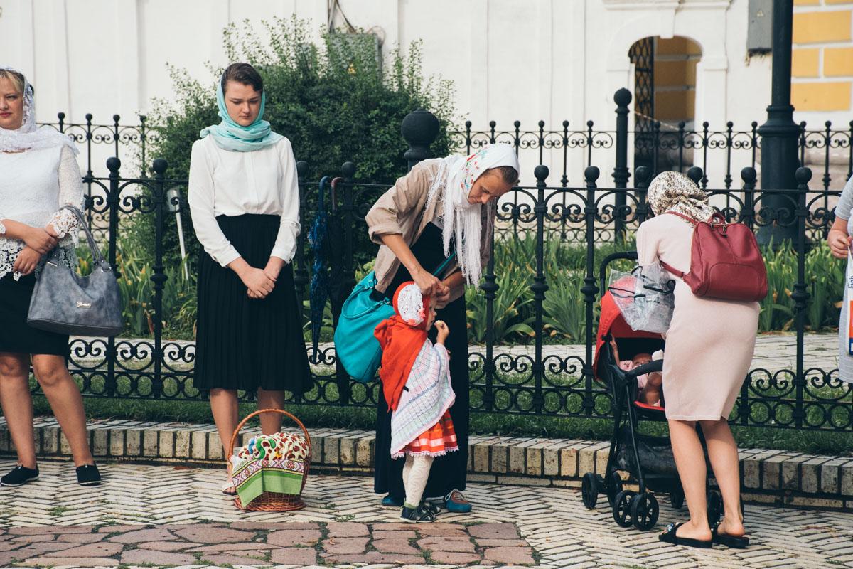 В храм пришли с детьми