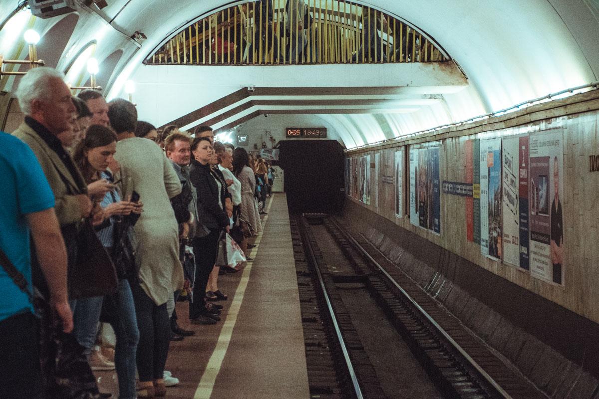 Работу метро продлят на 2 часа
