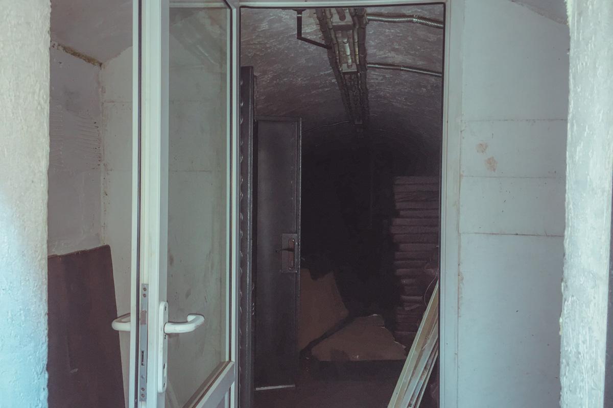 По предварительной информации, пожар начался с электрощитка в Damas