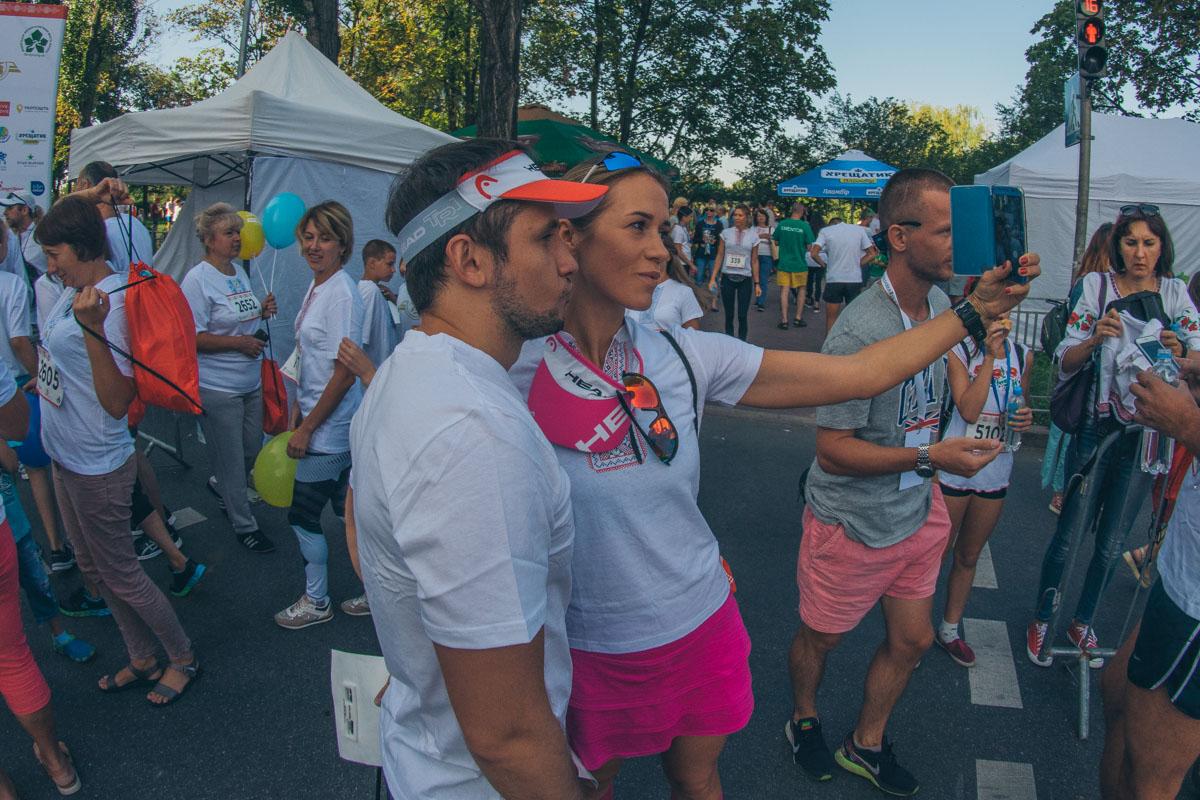 Всего в забеге приняли участие больше 700 человек.