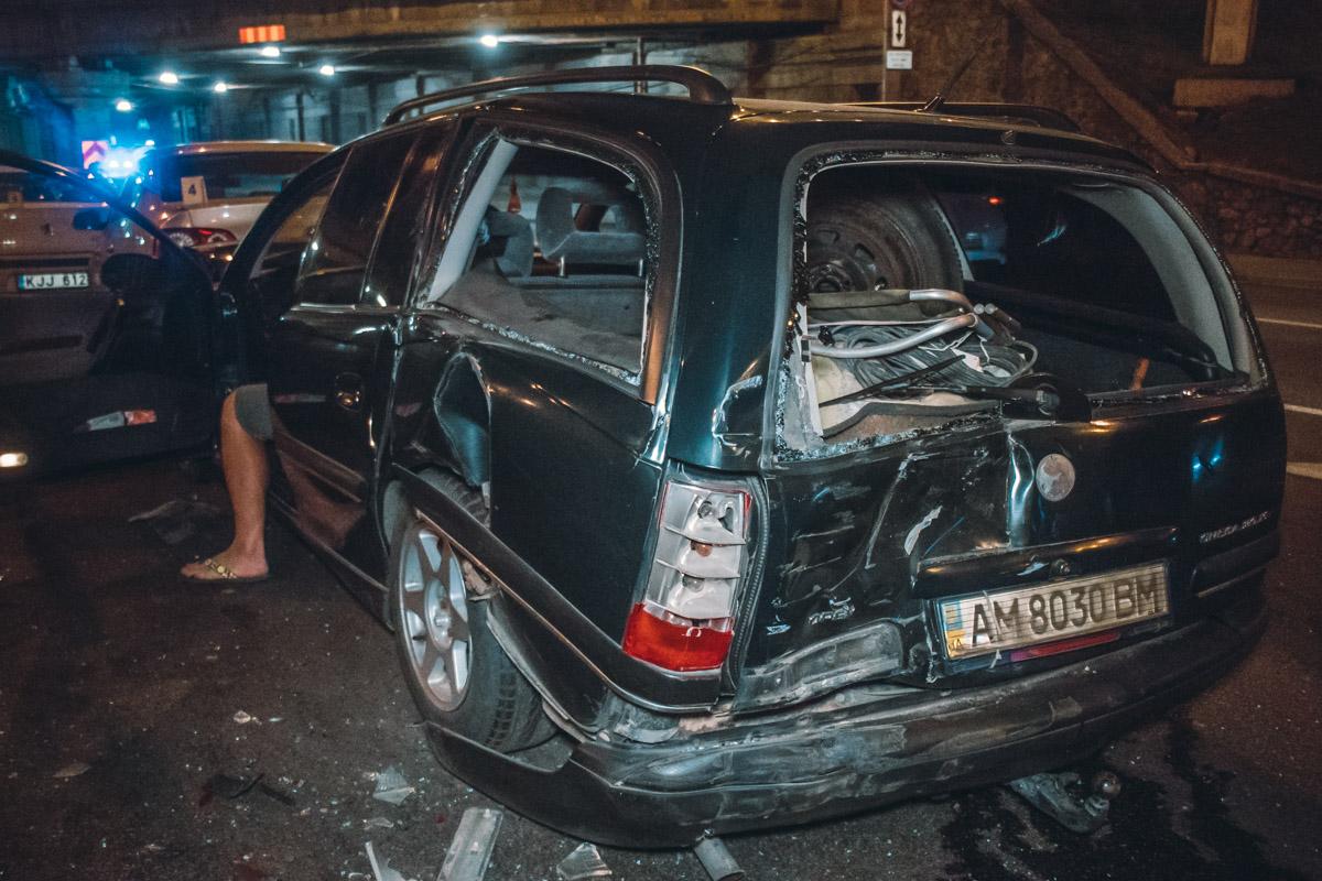 Зад Opel разбил Toyota Land Cruiser