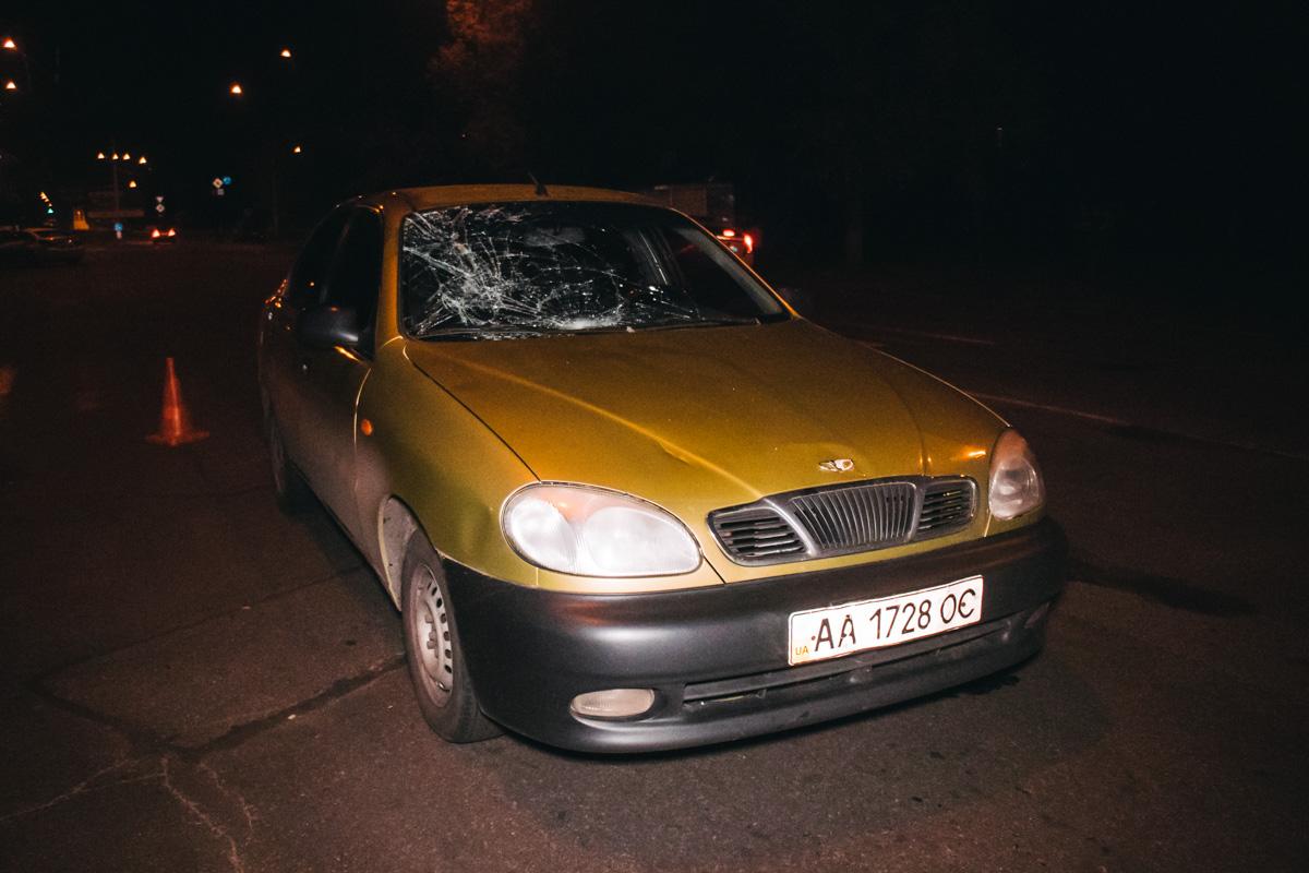 На Лестном проспекте 24, недалеко от супермаркета АТБ автомобиль Daewoo Lanos сбил пешехода