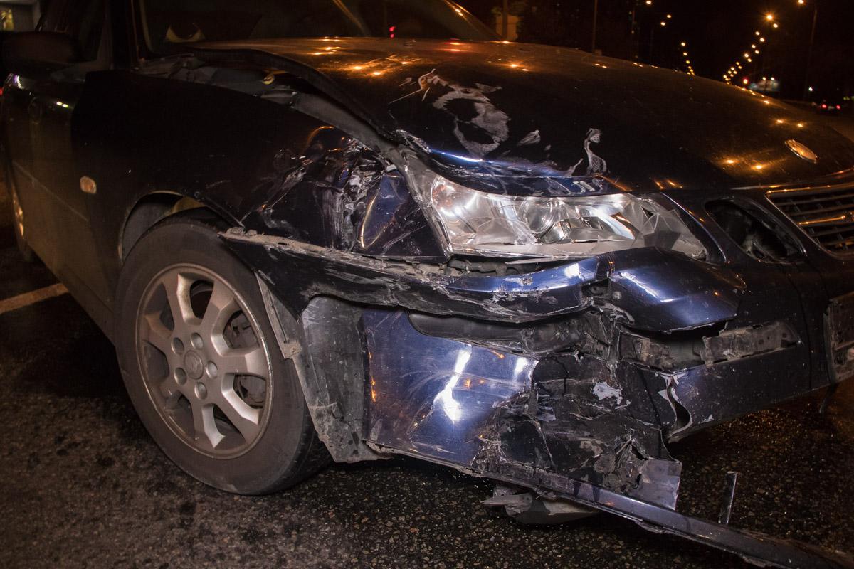 У Saab повреждена передняя часть
