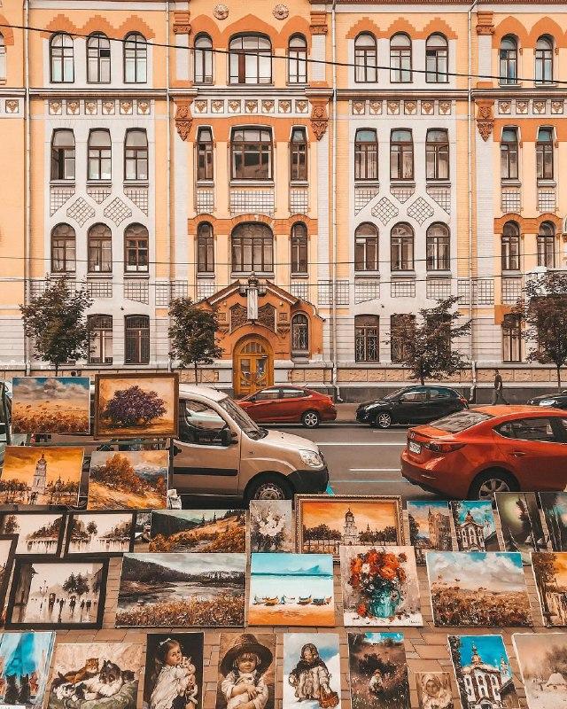 Теплые тона жаркой столицы. Фото @anastasiiaboiko
