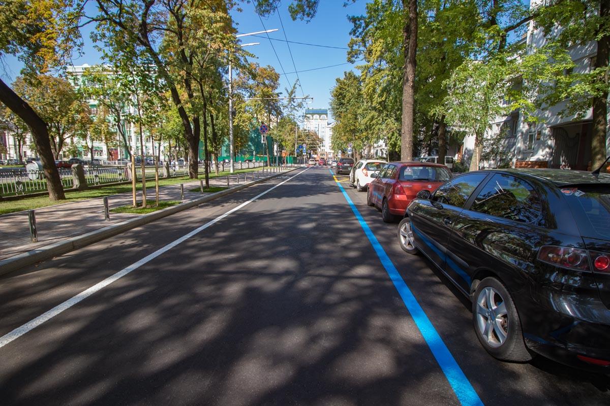 В Киеве завершился капитальный ремонт на улице Леонтовича