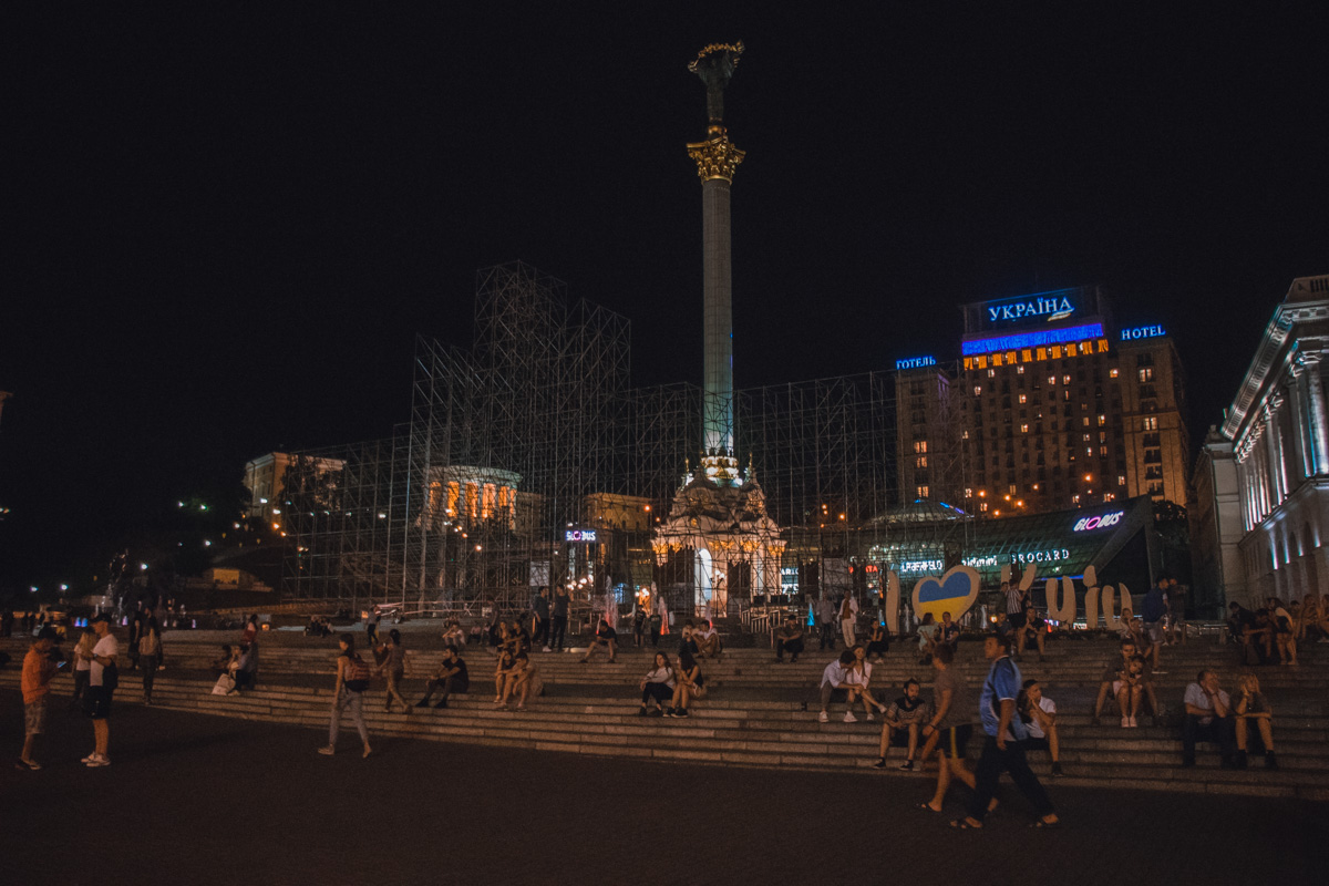 Также подготовку к празднику начали и на Майдане Независимости
