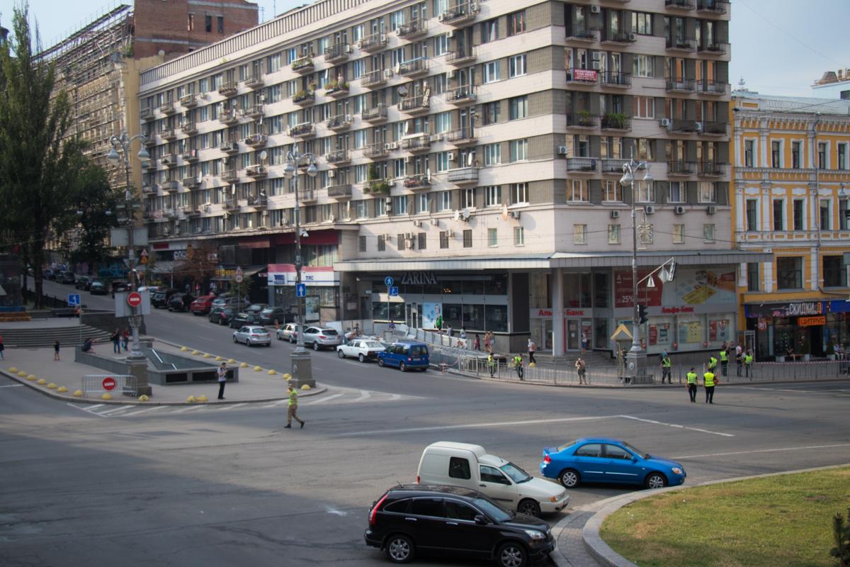 Автомобилистам лучше объезжать центр столицы