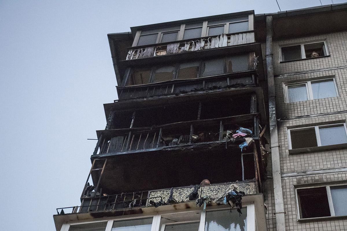 Возгорание возникло в квартире на 6 этаже. Она сгорела полностью