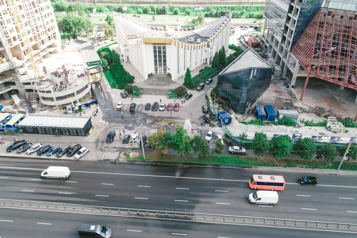 На место происшествия так и не приехали сотрудники «Киевводоканала»