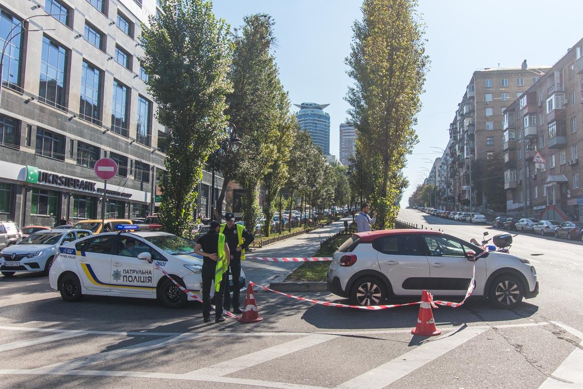 20 сентября по адресу бульвар Леси Украинки, 4 Citroen сбил полицейского на мотоцикле