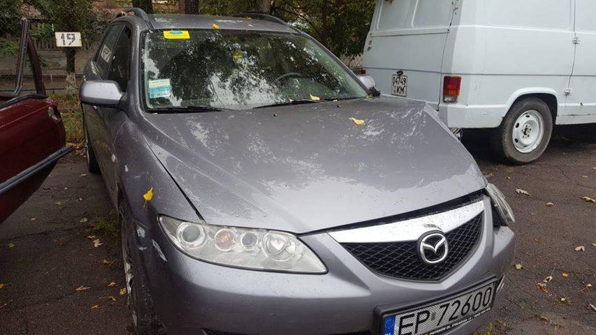 Полиция обнаружила припаркованную Mazda с характерными повреждениями во дворах