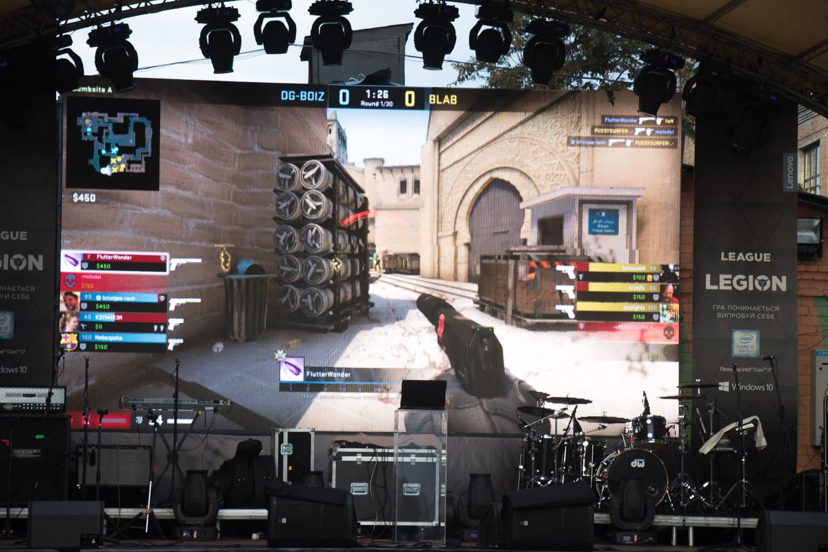 Трансляция сражений на главной сцене