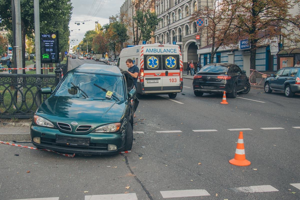 Пострадавшего водителя Nissan госпитализировали