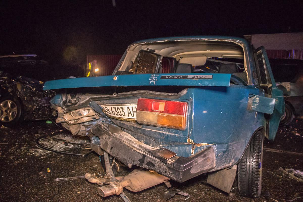 """""""Жигули"""" врезались в аварию, а потом в ВАЗ врезался Opel"""