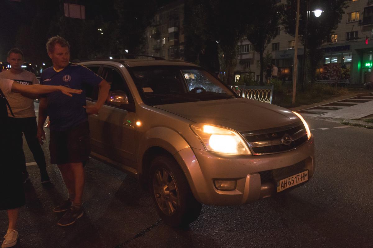2 сентября по адресу бульвар Леси Украинки, 2 Great Wall сбил пешехода на светофоре
