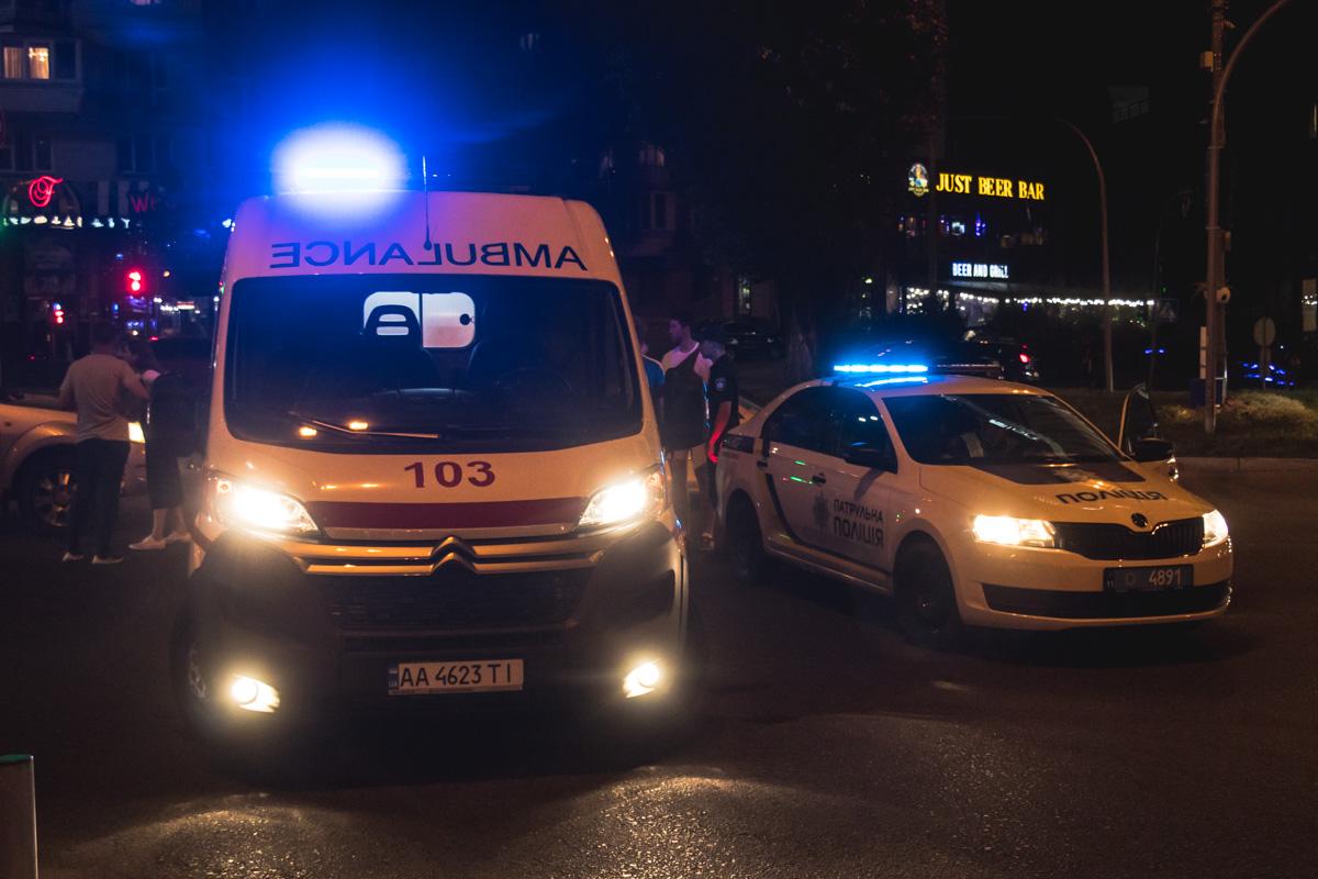 На месте работала полиция, медики и следственно-оперативная группа