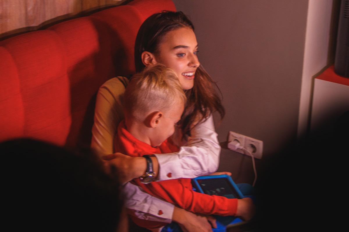 Вероника Дидусенко показала сына