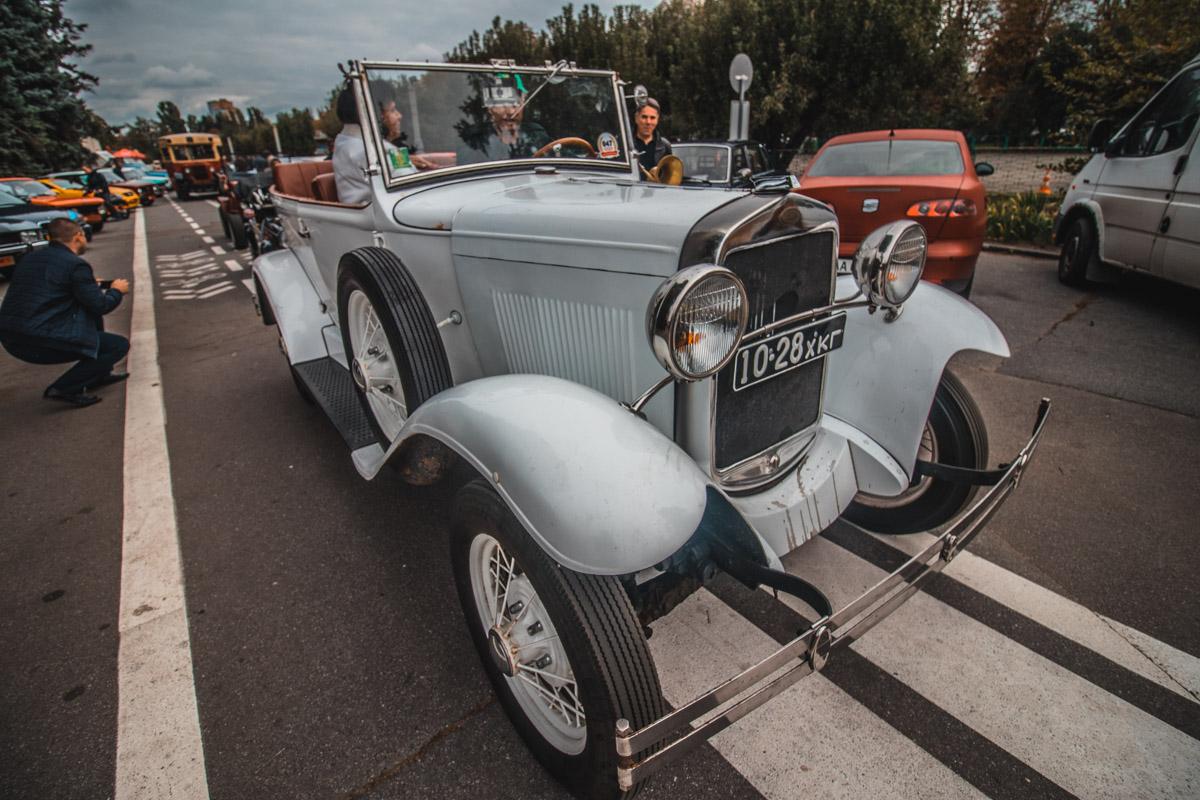 Посетители смогут посмотреть раритетные автомобили, многие из которых в единственном экземпляре