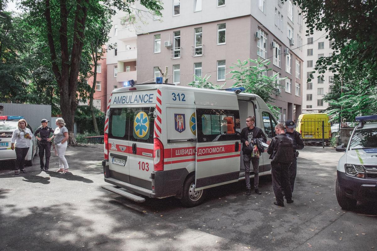 Врачи на месте оказали первую помощь пострадавшей