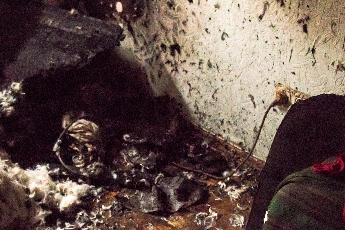 Причиной пожара стал невыключенный утюг