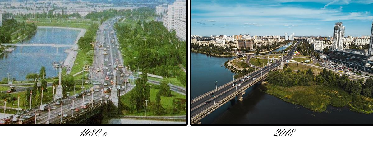 Со стороны правого берега на въезде на мост стоят пропилеи — колонады парадного входа