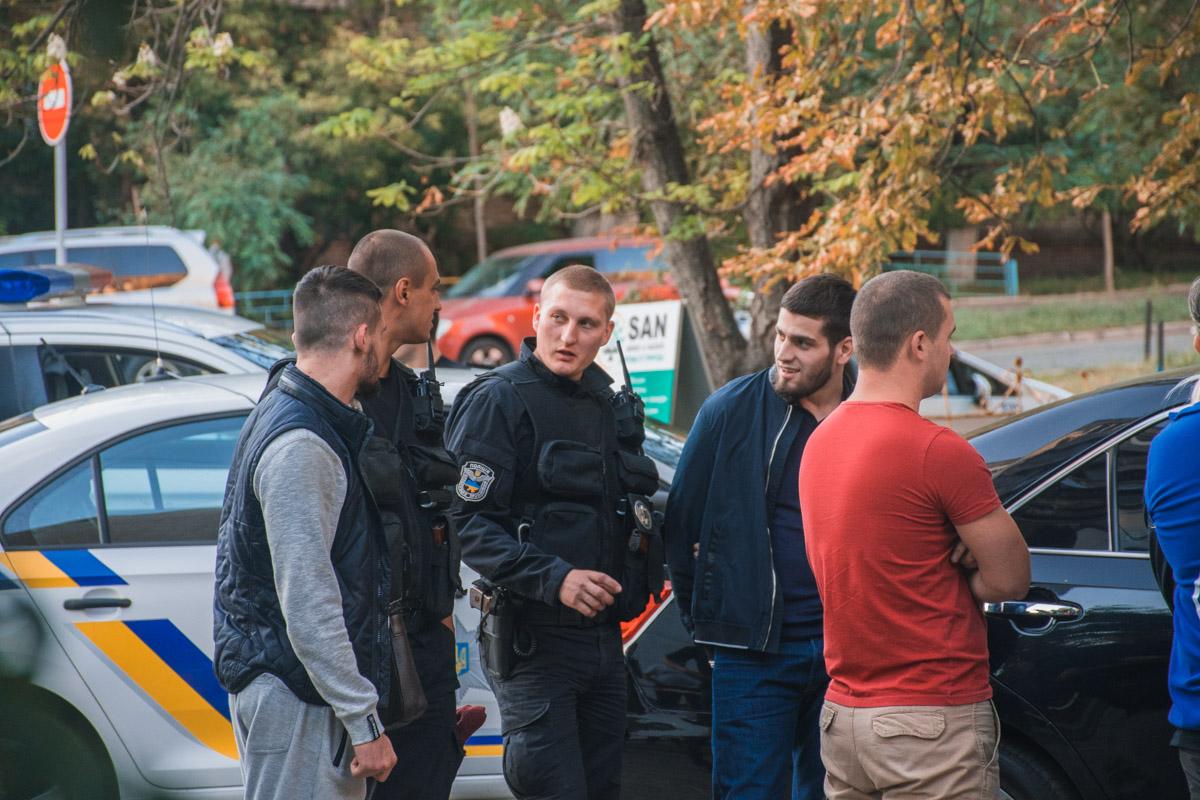 В машине, которая якобы принадлежит Адаму Цицулаеву, полицейские обнаружили порошок, похожий на героин