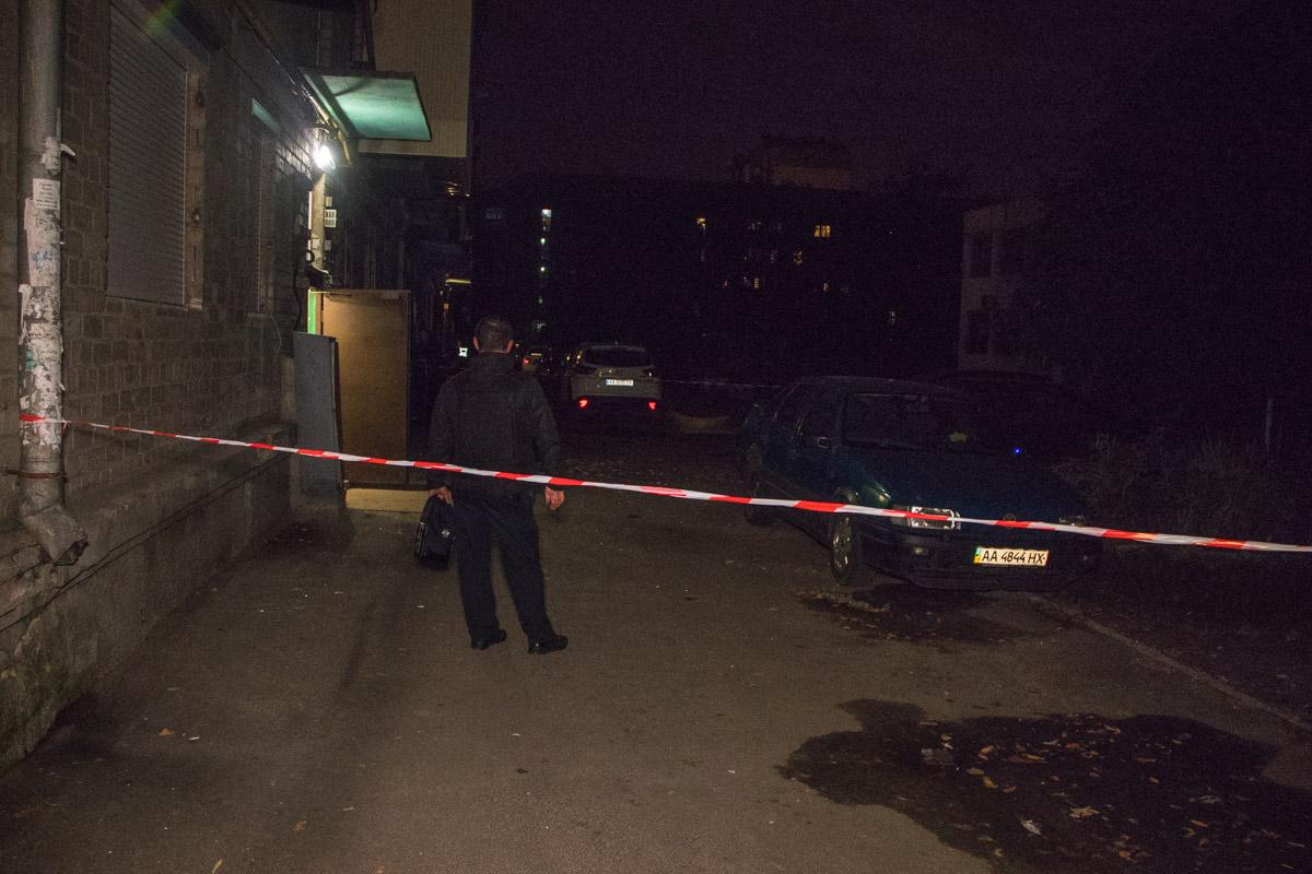 В Киеве сын под наркотиками взял в заложники свою мать