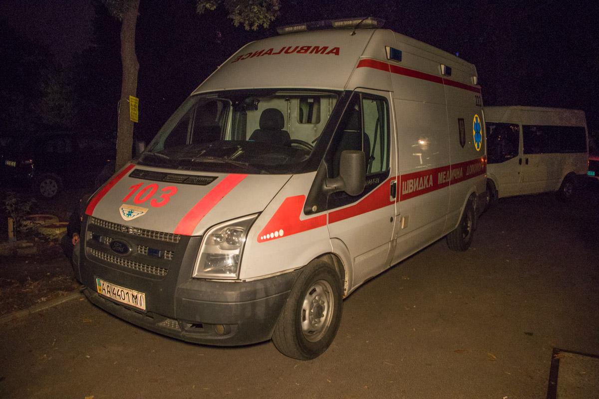 Его передали медикам и отвезли в больницу в сопровождении полиции