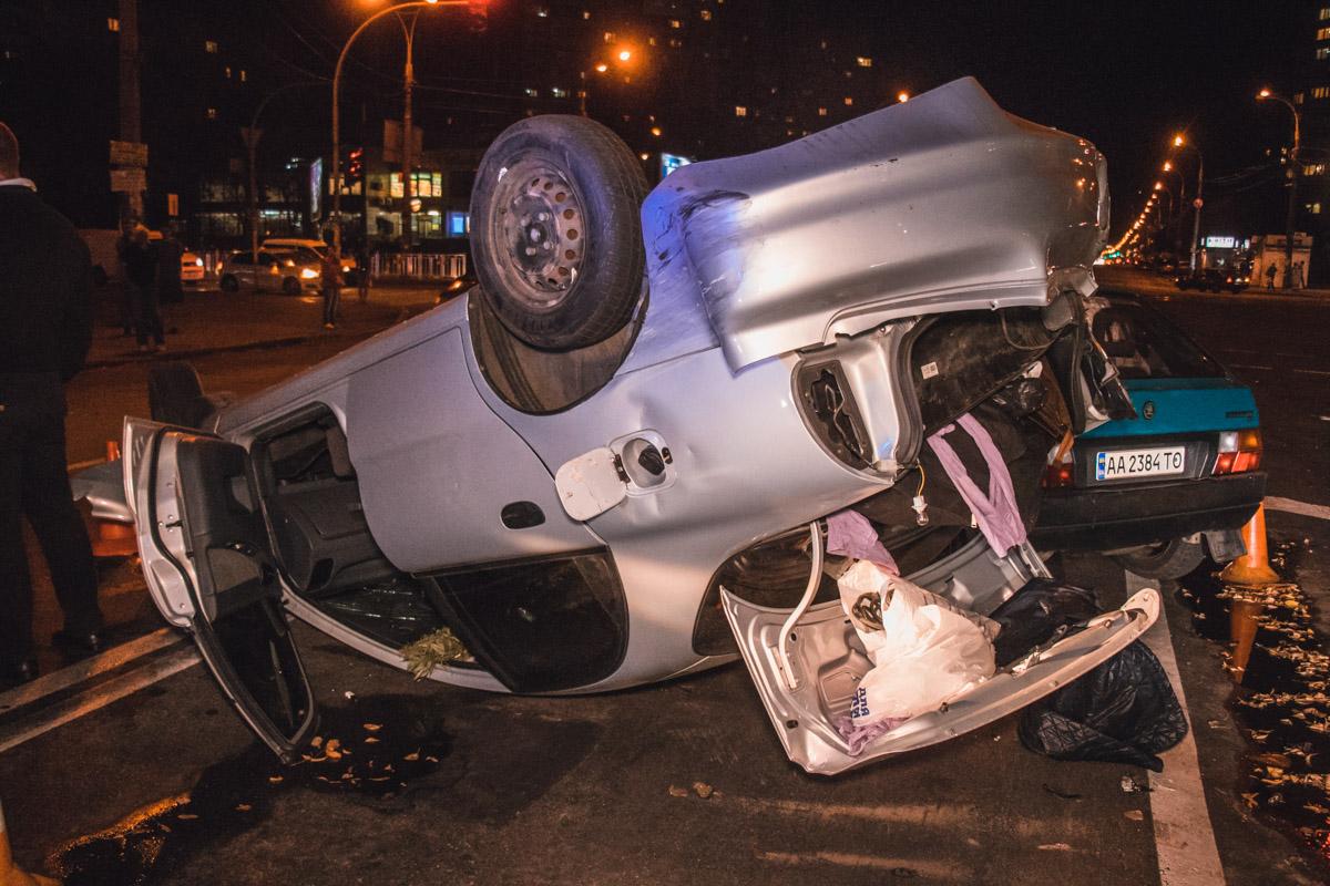 22 сентября на пересечении Харьковского шоссе и улицы Тростянецкой Daewoo столкнулся с Ford, Skoda и Mitsubish