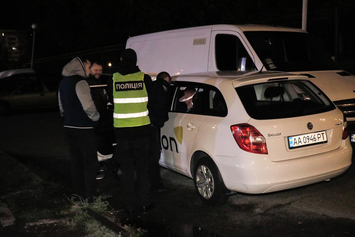 На месте работали сотрудники патрульной полиции и следственно-оперативная группа