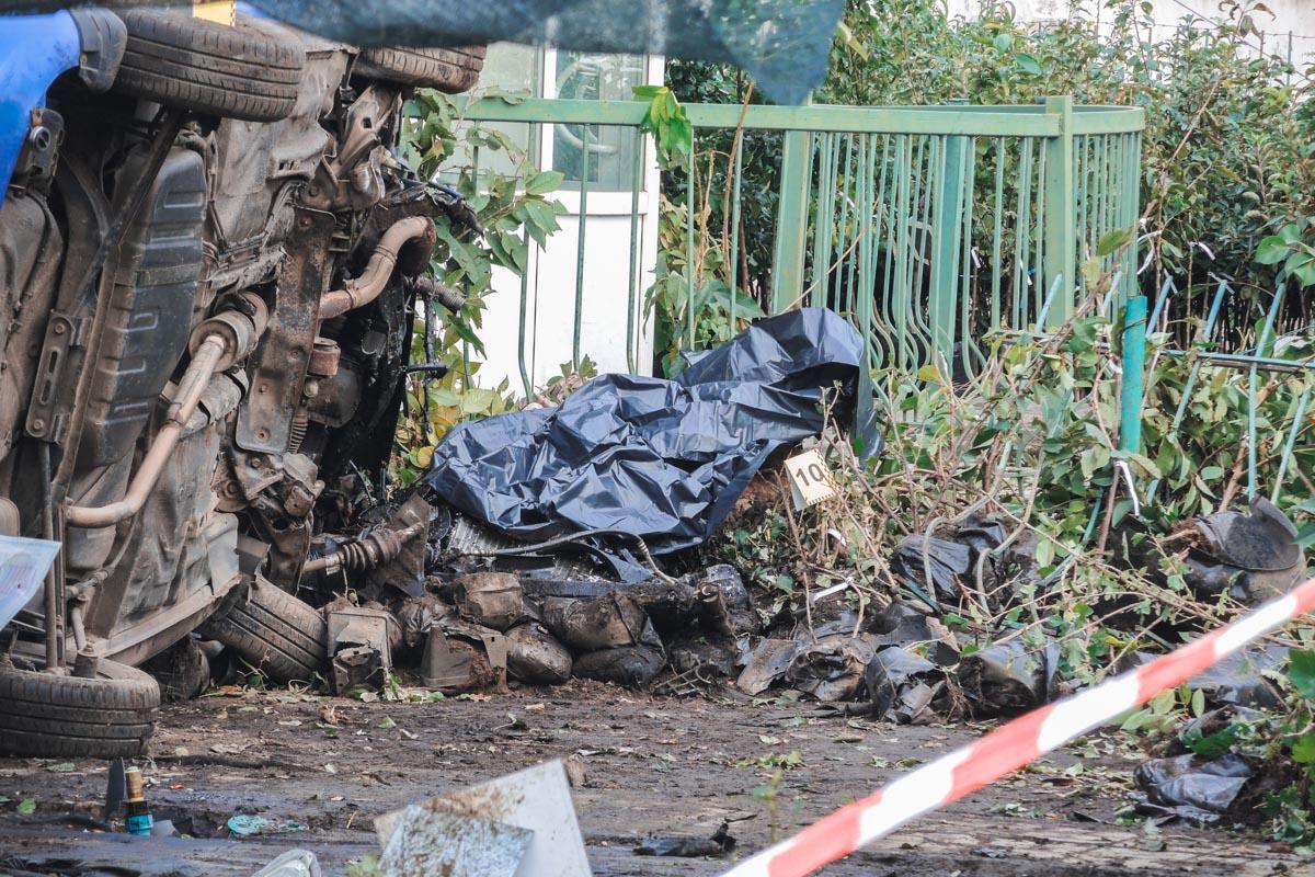 На перекрестке улиц Вокзальной и Бориспольской не справился с управлением и сбил женщину,которая шла по тротуару