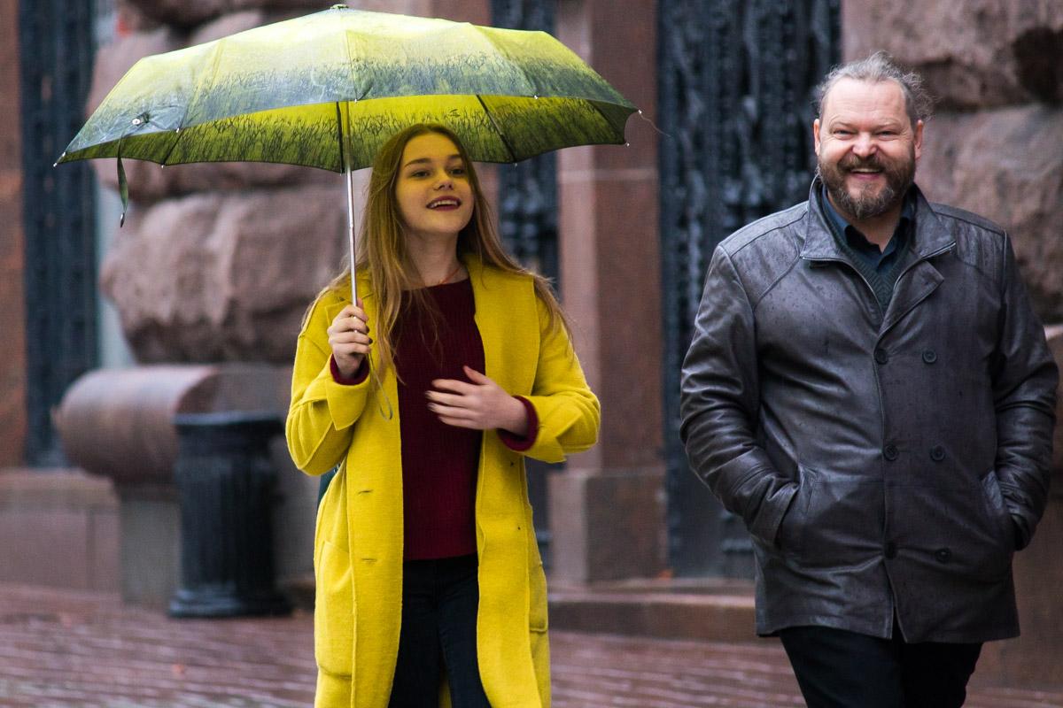 Широкой улыбке и дождь не помеха