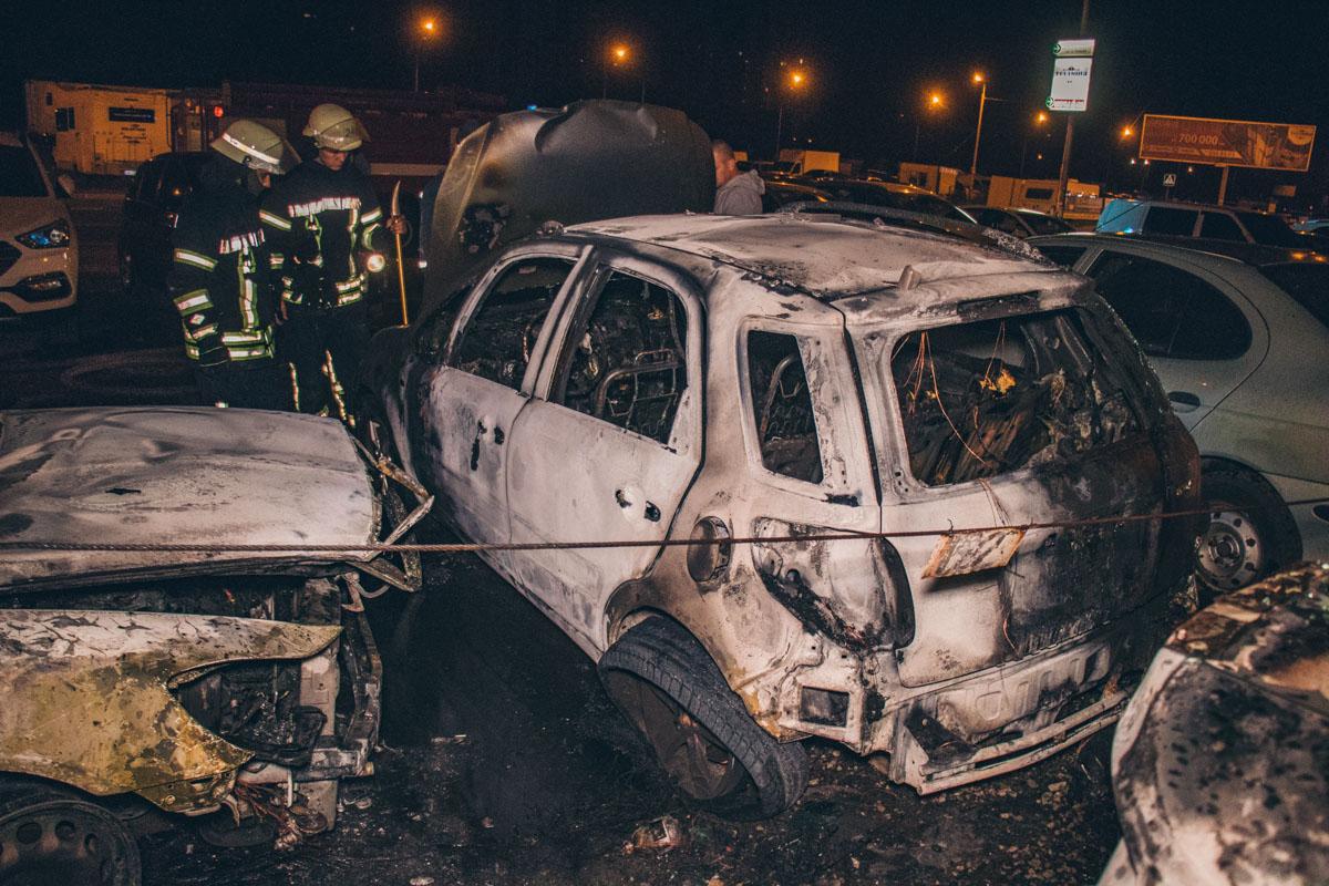 Неизвестные подожгли машину общественного активиста
