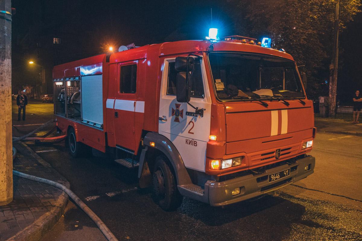На ликвидацию возгорания у пожарных ушло около часа