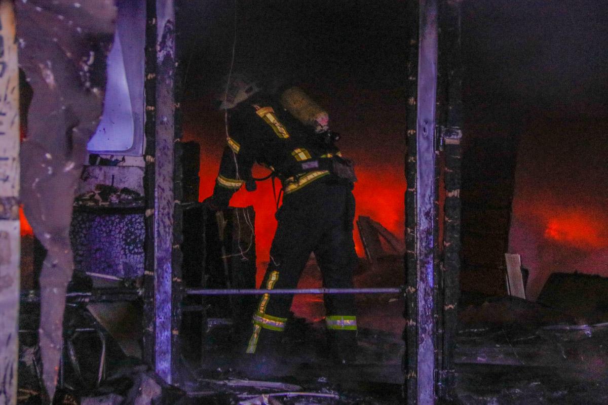Пожар удалось локализовать около 4:30