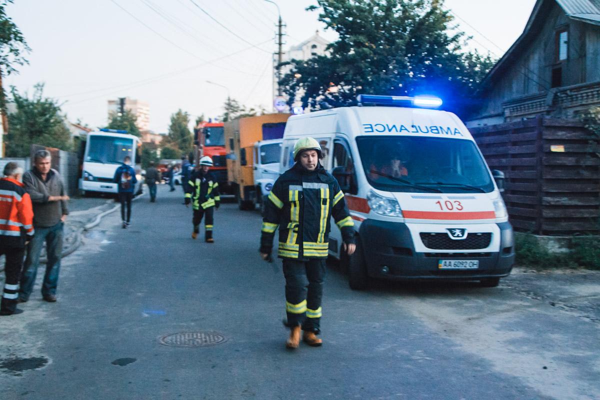 Со стихией боролись 52 спасателя при помощи 18 единиц спецтехники