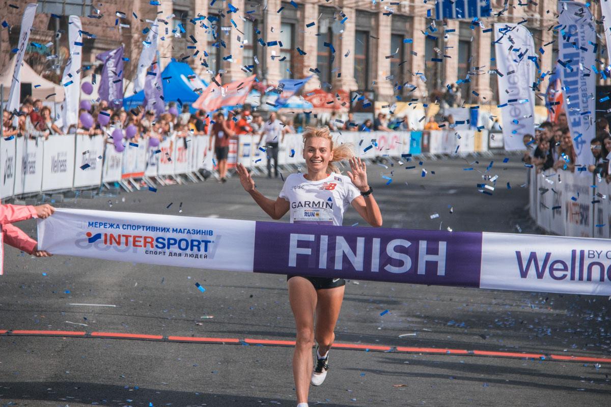 Среди женщин в забеге на 5 километров первой оказалась 35-летняя Анна Мищенко.