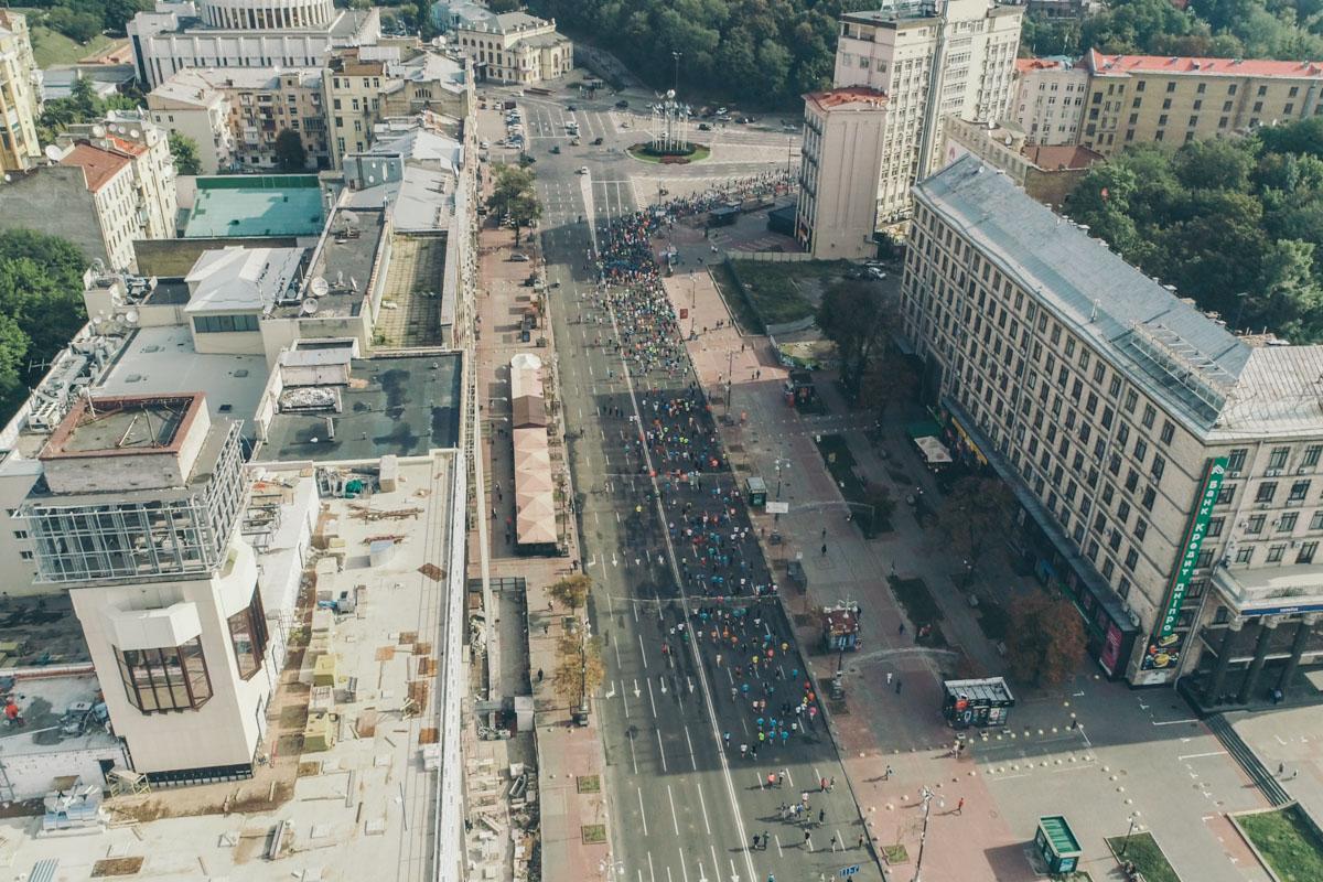 Участникам предстояло одолеть тяжелый подъем на улице Грушевского