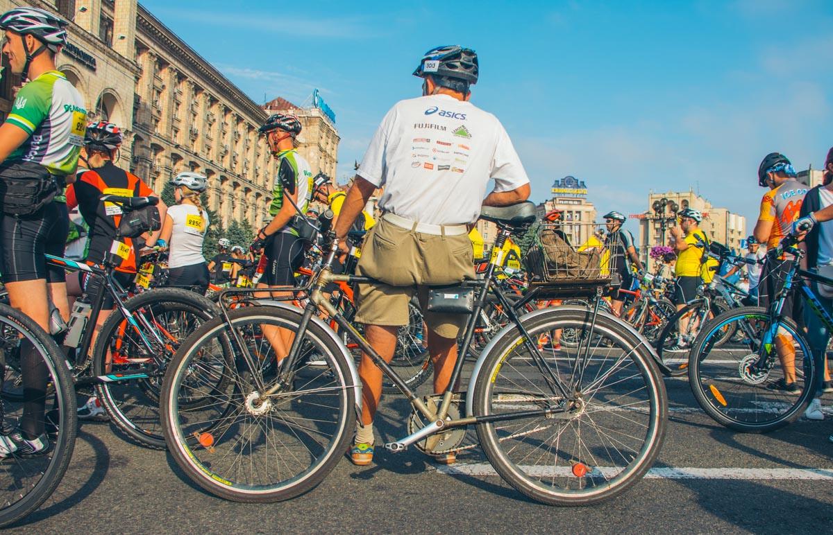 """Также в """"Велосотке"""" принимали участие раритетные модели велосипедов. К примеру, """"Украина"""""""