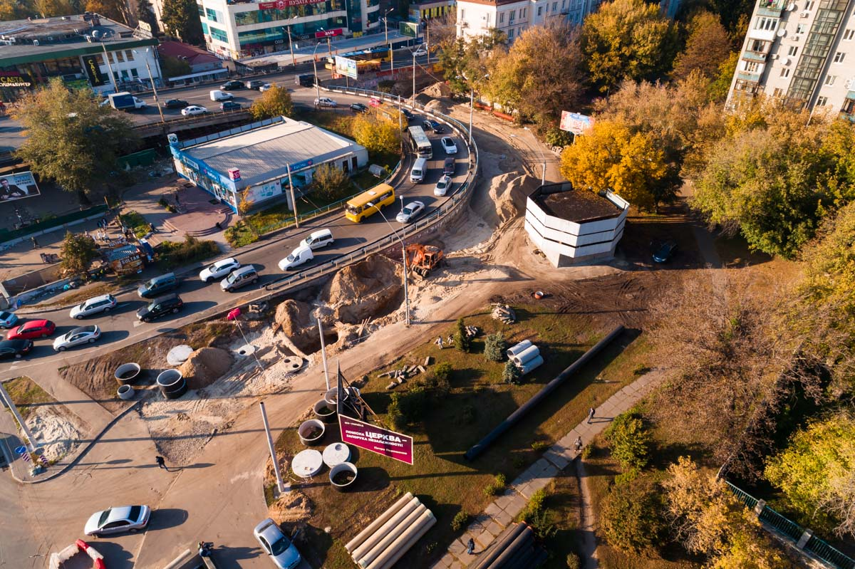 На Шулявском мосту коммунальщики полностью перекроют движение транспорта