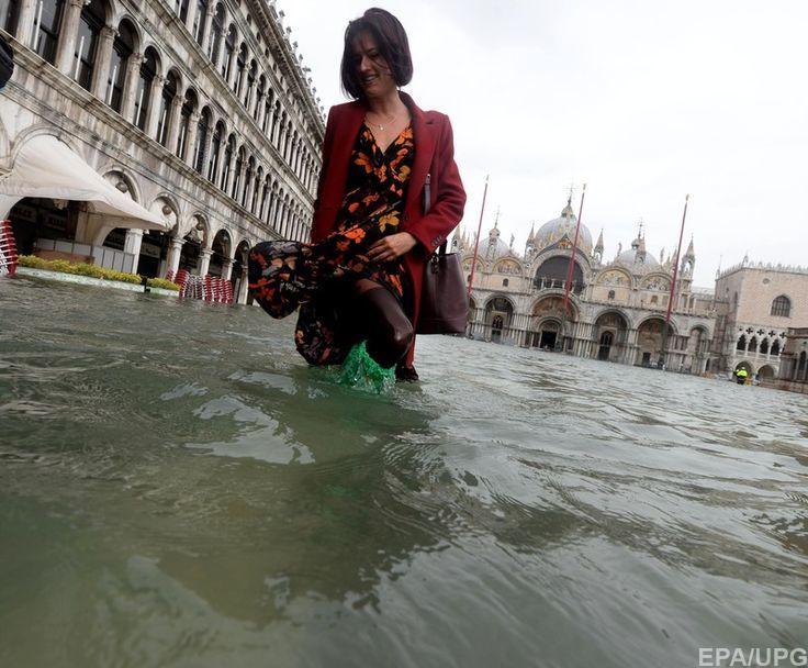 В Венеции в результате наводнения поврежден мозаичный пол знаменитого собора святого Марка