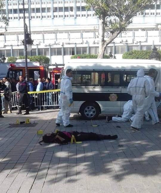 В Тунисе террористка-смертница устроила взрыв в центре города