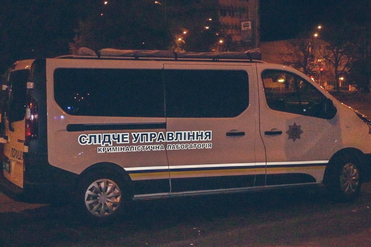 На месте происшествия работали следственно-оперативная группа и криминалисты