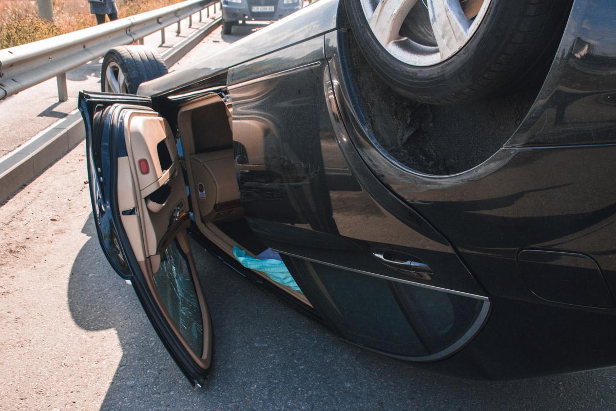 По словам полицейских, водитель Mercedes был в состоянии алкогольного опьянения