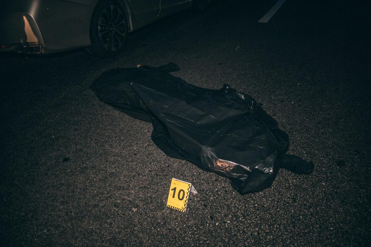 ВодительHonda Accord Sport насмерть сбил двоих пешеходов-нарушителей