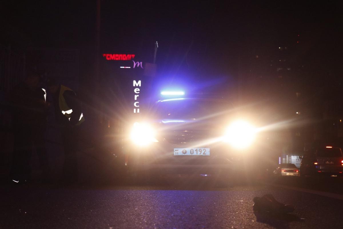 В Киеве возле Индустриального моста сбили мужчину