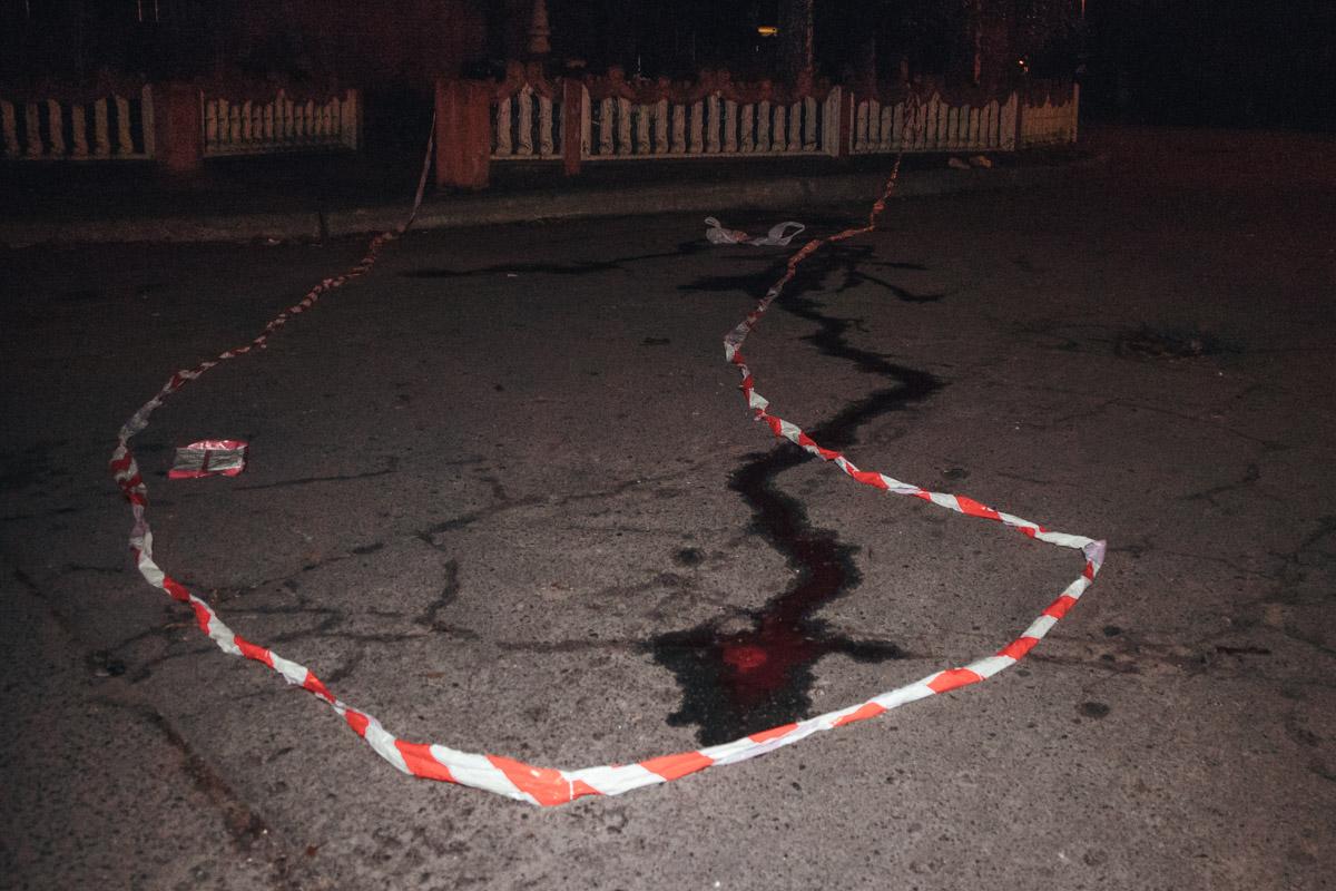 На углу дома по адресу Симиренко, 14/9 произошло убийство